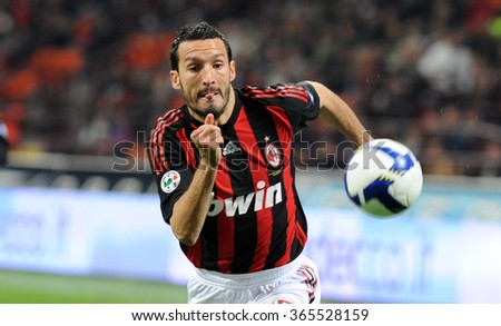 MILAN, ITALY-APRIL 19, 2009: AC Milan's player  Gianluca Zambrotta in action during the italian serie A soccer match AC Milan vs Torino, at the san siro stadium,  in Milan