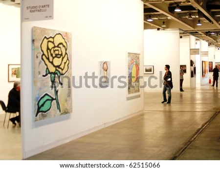 MILAN - MARCH 27: People visit MiArt ArtNow, international exhibition of modern and contemporary art March 27, 2010 in Milan, Italy. - stock photo