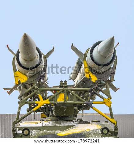 Military turret with missile rockets