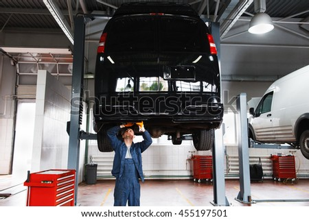 Hoisting stock images royalty free images vectors for Garage service professionals