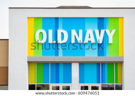 MINNEAPOLIS, MN/USA - MARCH 19, 2017: Old Navy store exterior and logo Old Navy is a clothing and accessories retailer owned by American multinational corporation Gap Inc.