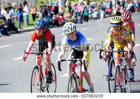 MINSK, BELARUS - MAY-19: Unidentified sportsmen compete in 15 km cycling race during NATIONAL DAY of SPORT on May 19, 2012 in Minsk, Belarus.