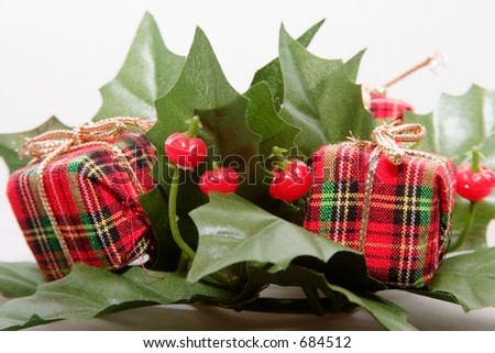 Mistletoe and Presents Christmas Decoration