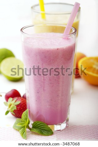 mixed fruit smoothies