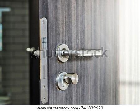 Key Door Lock Close Stock Photo 25418623 - Shutterstock