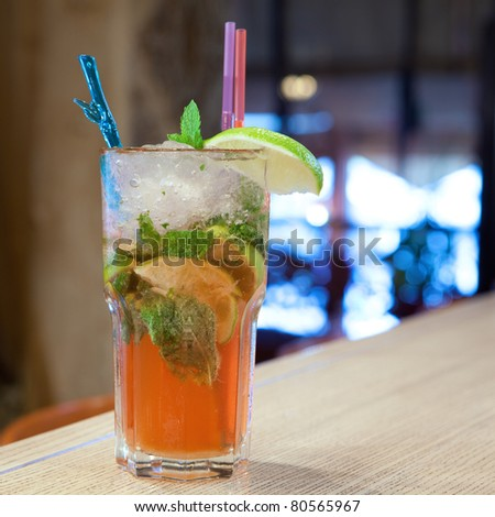 Mojito cocktail with cold tea