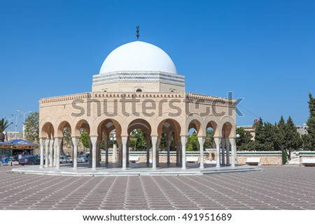 MONASTIR, TUNISIA, AFRICA-CIRCA MAY, 2012: One of two memorials died warriors of the mausoleum of the first president is in Monastir, Tunisia, Africa. Early morning