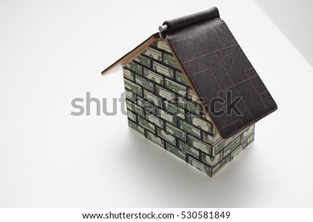 money makes house