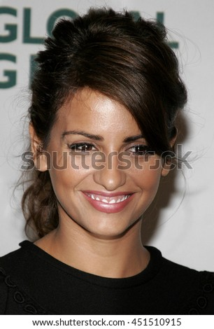 Monica Cruz at the Global Green USA Pre-Oscar Celebration to Benefit Global Warming held at the Avalon in Hollywood, USA on February 21, 2007. - stock photo