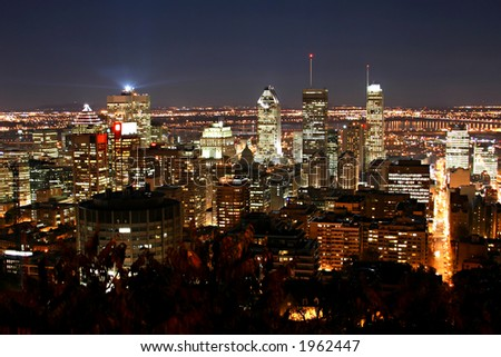 Montreal Skyline at night from mont-royal