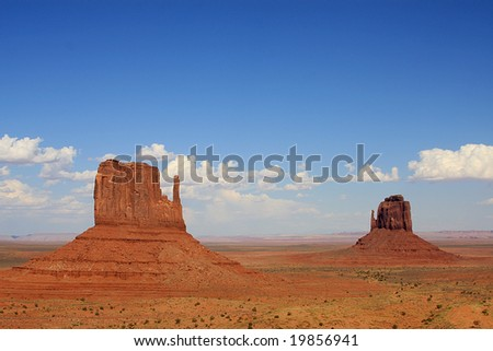Monument Valley, Arizona, West and East Mitten