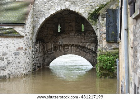 MORET SUR LOING - FRANCE, 3TH JUNE 2016: view of terrible floods in the downtown of the city