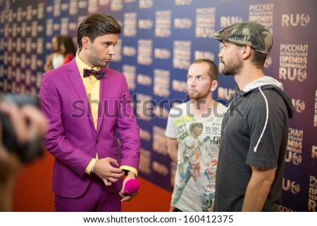 Moscow - may 25: presenter interviewing singer and musician of music