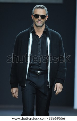 MOSCOW - OCTOBER 26: Model walks runway at the Stefano Ricci Collection for Spring/ Summer 2012 during Volvo Fashion Week on October 26, 2011 in Moscow, Russia