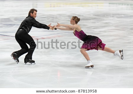 "MOSCOW, RUSSIA - APR 26: World championship on figure skating 2011. Alexander Shakalov and Siobhan Heekin-Canedy in pair ice dance. Palace of sports ""Megasport"" on April 26, 2011 in Moscow. - stock photo"