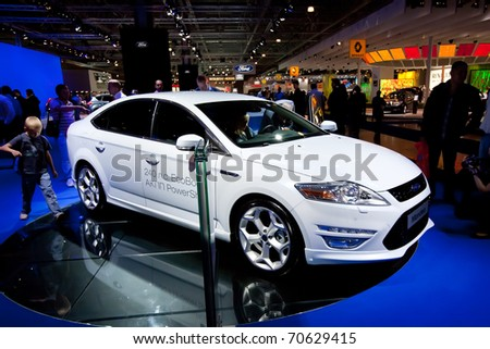 MOSCOW, RUSSIA - AUGUST 25: white Ford Mondeo at Moscow International exhibition InterAuto on August 25, 2010 in Moscow, Russia.