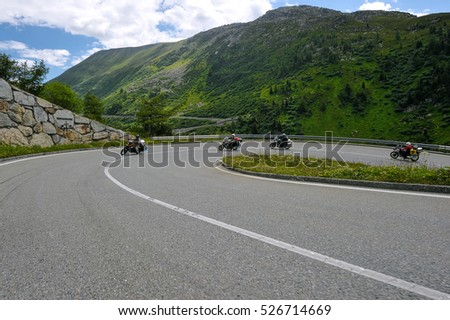 Motorcyclists, ride in the mountains
