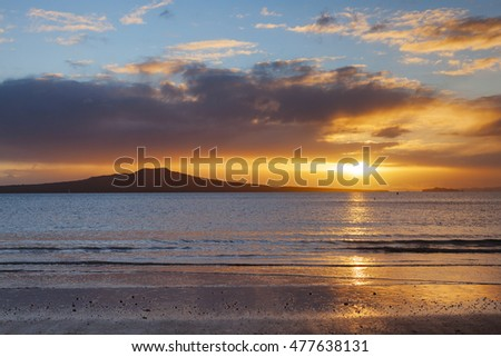 Mount Rangitoto at sunrise, Auckland, New Zealand.