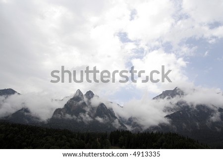 Mountain landscape : fog