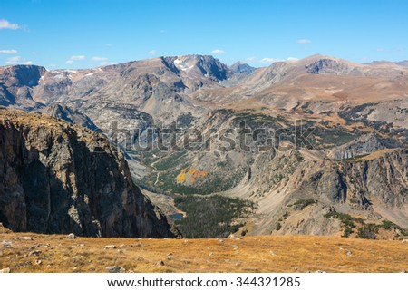 Mountain scenery along the Beartooth Highway in Wyoming.