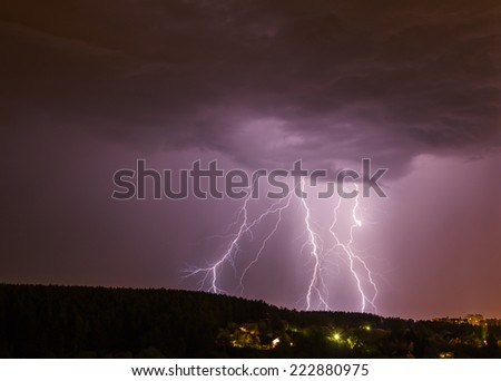 Multiple thunderbolts in Moscow region