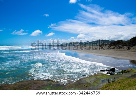 Muriwai Beach which is located at Muriwai Regional Park,it is on the West Coast of the North Island in Auckland,New Zealand