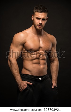 Muscled male model Konstantin Kamynin