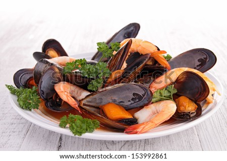 mussel and shrimp