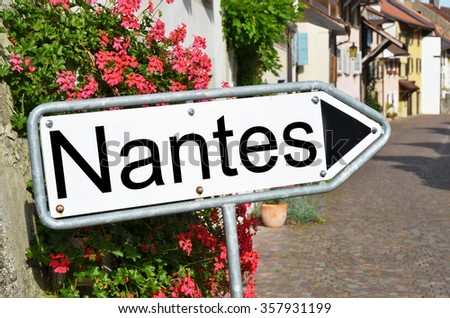 Nantes sign on the street