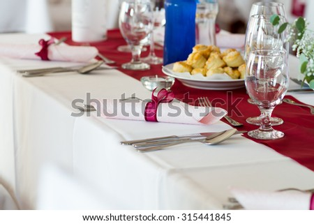 napkin on the table, wedding decor