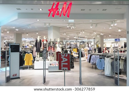NASHVILLE, TN-AUGUST, 2015:  Entrance to an H&M clothing store.  H&M has over 3,000 similar stores around the world. - stock photo