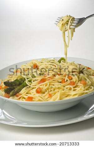 natural fresh spaghetti with tomato sauce and asparagus