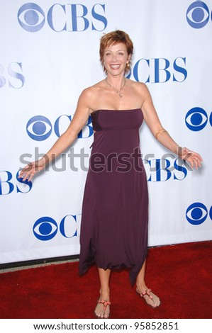 NCIS star LAUREN HOLLY at the CBS Summer Press Tour Stars Party at the Rose Bowl in Pasadena, CA.  July 15, 2006  Pasadena, CA  2006 Paul Smith / Featureflash