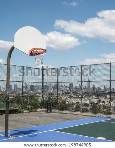 NEW JERSEY - JUNE 14: Riverview-Fisk Park on June 14, 2014 in New Jersey. Riverview-Fiske Park is a neighborhood on the east side of the Palisades with views of Hoboken and the Manhattan skyline. - stock photo