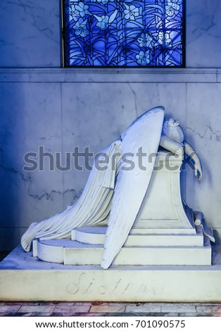 Metairie Cemetery Weeping Angel