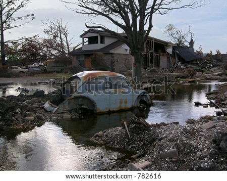 New Orleans Levee Breach, 100 ft. from the 17th Street Canal, water still leaks 3 months after Hurricane Katrina - stock photo