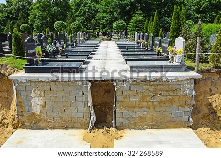 New places for crypts in the public cemetery