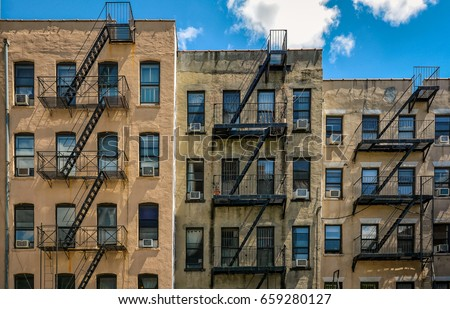 Exceptionnel New York Buildings With Outside Fire Escape Stairs