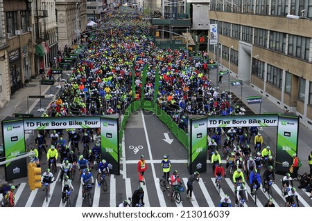 New York City, USA, - May. 4. 2014: Five Boro Bike Tour start at Tribeca, Manhattan, New York, USA