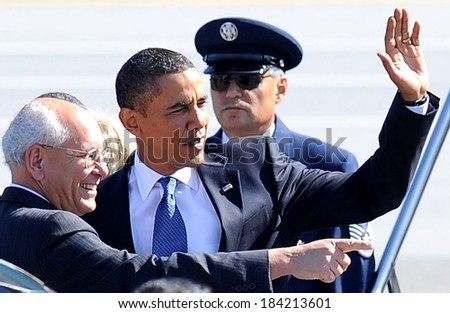 New York Congressman Paul Tonko, Barack Obama at public appearance for US President Barack Obama Visits Albany in Upstate New York, Air Force One at Albany International Airport, NY Sept 21, 2009 - stock photo