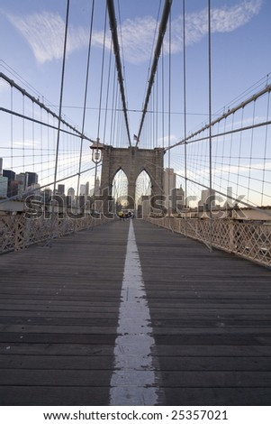 NEW YORK - DECEMBER 24:Wide angle view of the Brooklyn Bridge