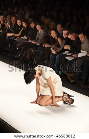 NEW YORK - FEBRUARY 12: Agyness Deyn falls on the runway for the  Fashion for relief-Haiti   during Mercedes-Benz Fashion Week at Bryant Park on February 12, 2010 in New York.
