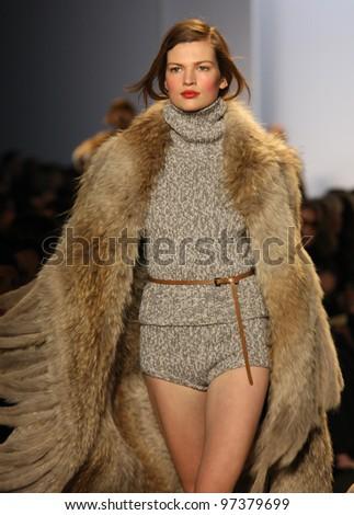 Bette Franke Runway Model Bette Franke walks