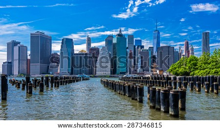 New York Financial District from Brooklyn Bridge Park with Old Pier