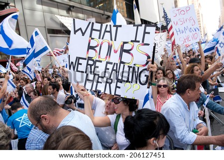 NEW YORK - JULY 20:  Thousands of Israeli supporters rally in Times Square, New York City on July 20, 2014
