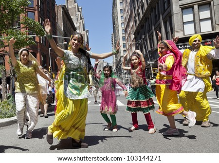 Learn Bhangra in New York City - YouTube