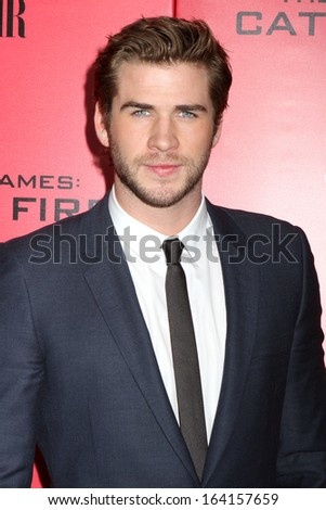 "NEW YORK - NOV 20: Liam Hemsworth attends the premiere of ""Hunger Games: Catching Fire"" at AMC Lincoln Square on November 20, 2013 in New York City."