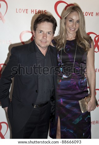 NEW YORK - NOVEMBER 09: Micahel J. Fox, Tracy Pollan attend Love Heals The Alison Gertz Foundation For AIDS Education 20th Anniversary gala at the Four Seasons Restaurant on November 9, 2011 in NYC - stock photo