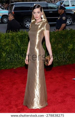 New York, NY  Monday May 04, 2015: Anne Hathaway attends 'China: Through The Looking Glass' Costume Institute Gala, held at the Metropolitan Museum of Art in New York City, New York. - stock photo