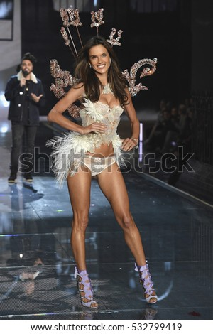 NEW YORK, NY - NOVEMBER 10: Model and Victoria's Secret Angel Alessandra Ambrosio from Brazil walks the runway during the 2015 Victoria's Secret Fashion Show on November 10, 2015 in New York City.